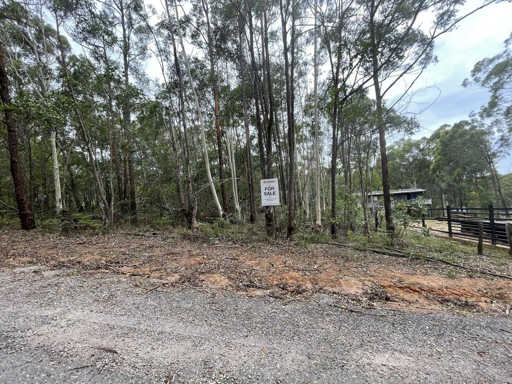 18 Stuart Street Russell Island, QLD 4184