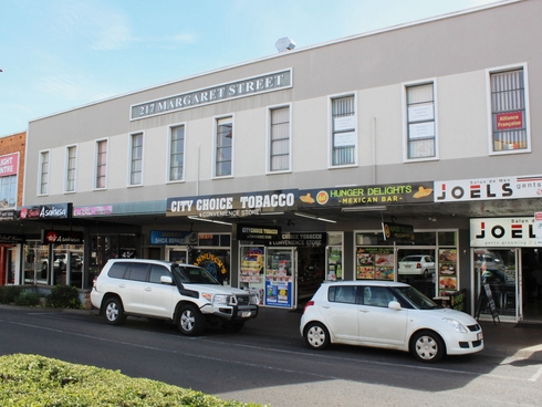 Suite 9 FF/217 Margaret Street Toowoomba City, QLD 4350