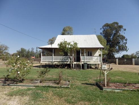 52 William Street Surat, QLD 4417