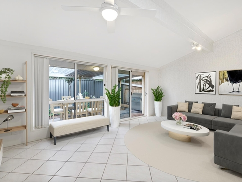 21/4 Itong Place Currumbin Waters, QLD 4223