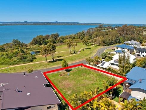 62 Penzance Drive Redland Bay, QLD 4165