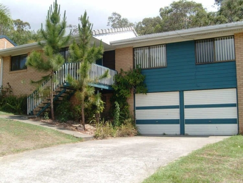 13 Mataranka Drive Worongary, QLD 4213