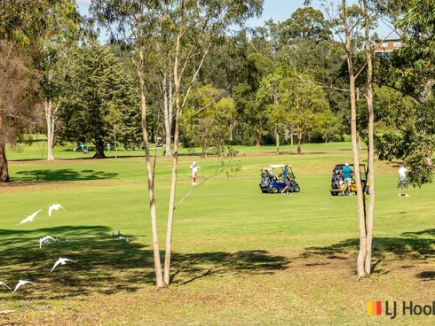2/30 Golf Links Drive Batemans Bay, NSW 2536