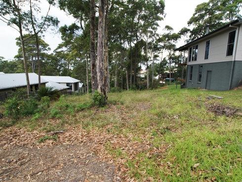 13 Warragai Place Malua Bay, NSW 2536