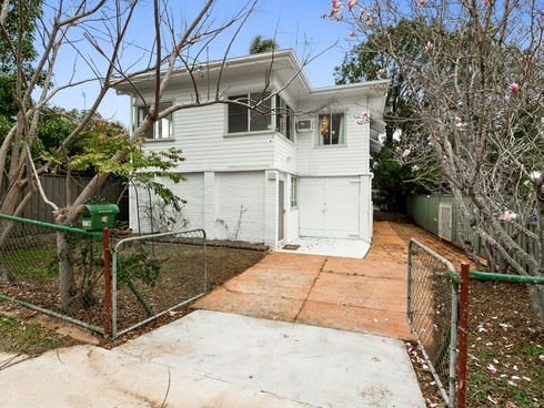 174 North Street North Toowoomba, QLD 4350