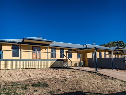 2/12 Sunflower Street Mount Isa, QLD 4825