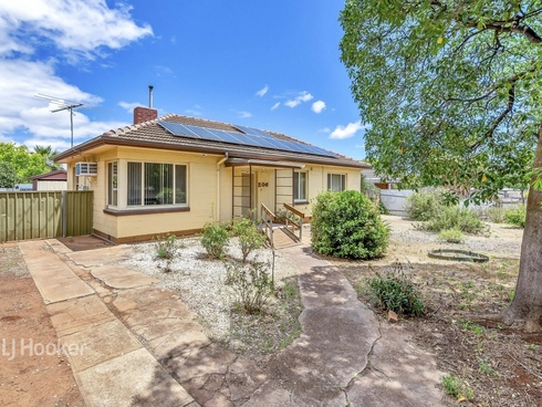 206 Woodford Road Elizabeth North, SA 5113