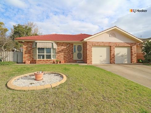 27 Nunkeri Street Glenfield Park, NSW 2650