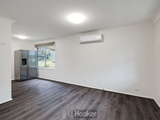 8 Threlkeld Drive Bolton Point, NSW 2283
