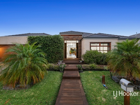 2 Gilmore Grove Point Cook, VIC 3030