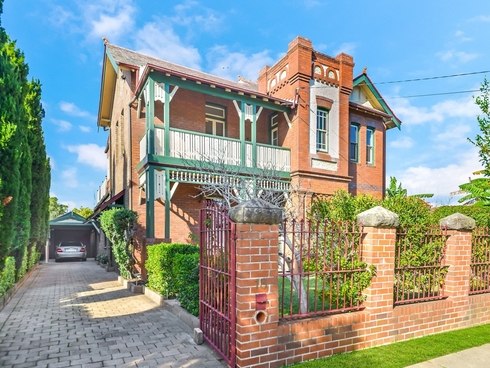 18 Gordon Street Burwood, NSW 2134