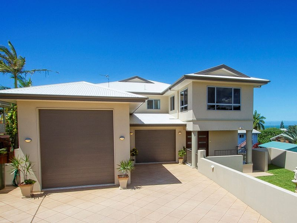 44 Booth Ave Tannum Sands, QLD 4680