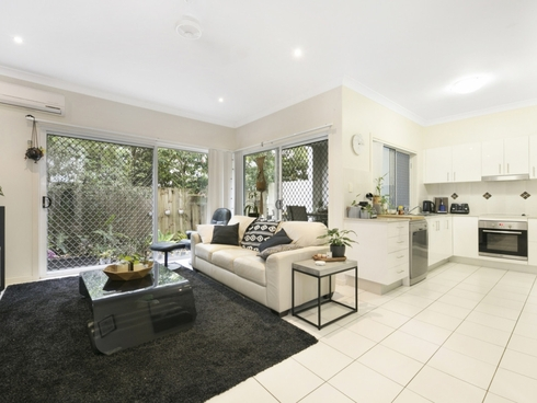 4/127 Pohlman Street Southport, QLD 4215