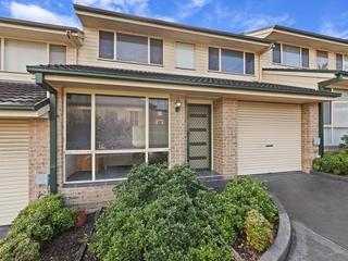 2/33 Hills Street North Gosford , NSW, 2250