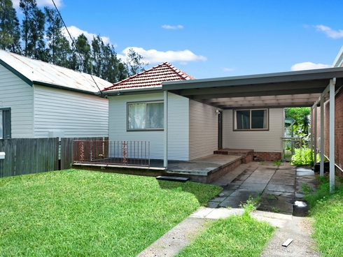 21 Herbert Street Belmont, NSW 2280