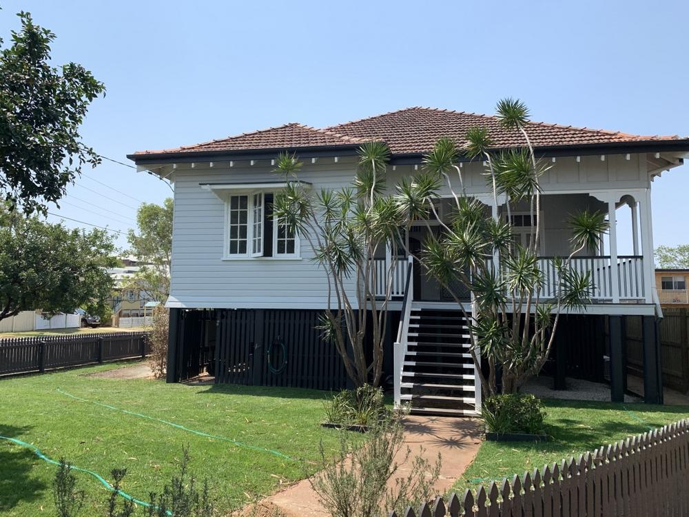 11 Erskine Avenue Kedron, QLD 4031