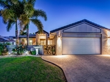 17 Seaforth Street Sandstone Point, QLD 4511