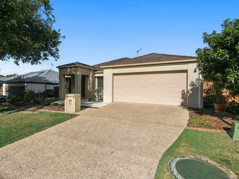 6 Riverwood Drive Ashmore, QLD 4214