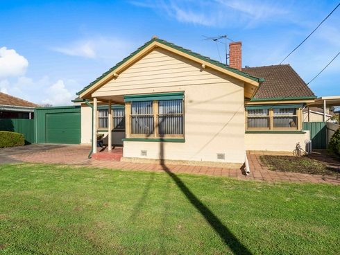 11 Centenary Avenue Findon, SA 5023